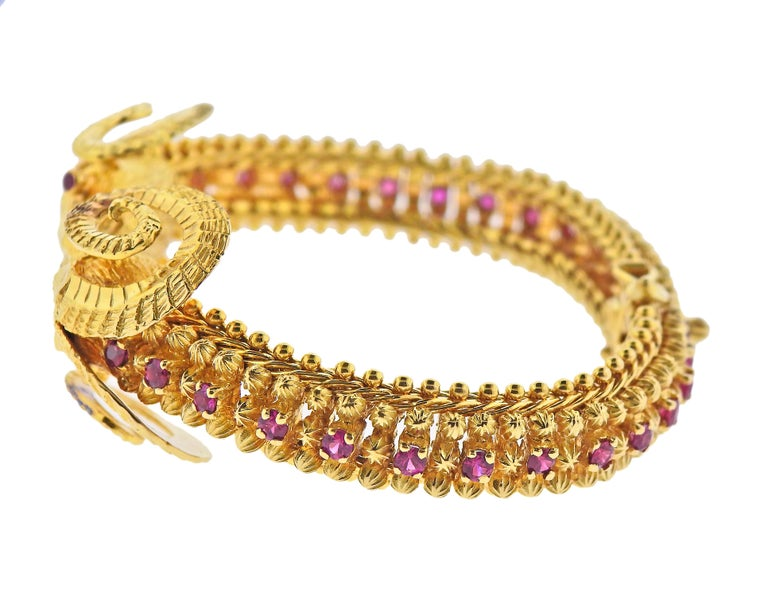 Greek Ram's Head Ruby Gold Bracelet In Excellent Condition For Sale In New York, NY