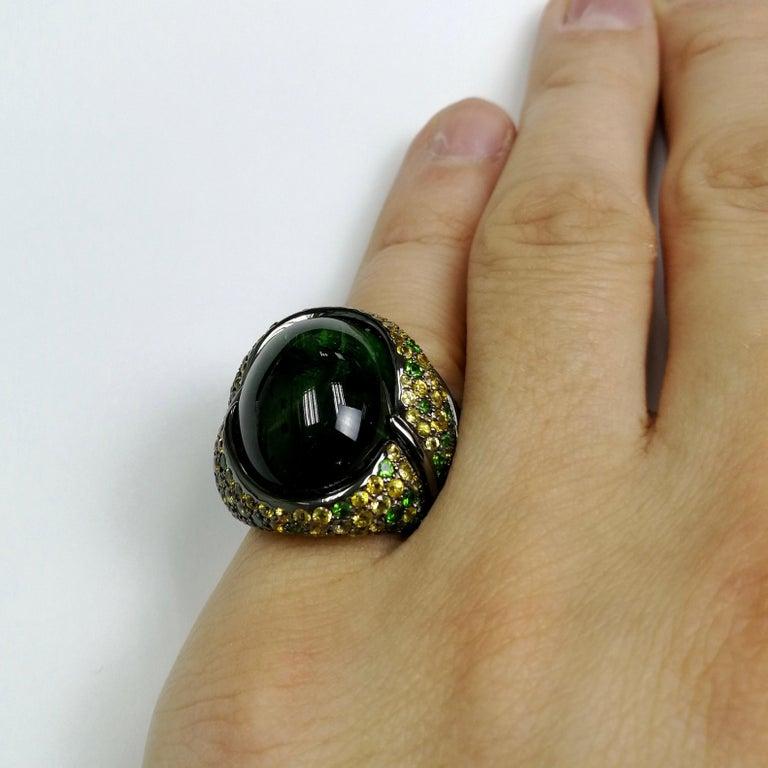 Green 23.30 Carat Tourmaline Yellow Sapphire Tsavorite 18 Karat Black Gold Ring For Sale 7