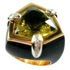 Lemon Quartz 17.5ct in  18k Gold and Diamond Setting in African Ebony Ring