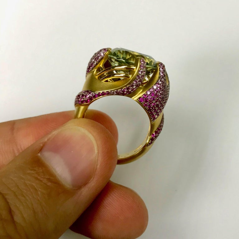 Green Amethyst Pink Sapphire 18 Karat Yellow Gold Ring In New Condition For Sale In Bangkok, TH