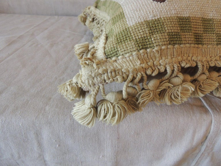 Green and Natural Woven Floral Tapestry Decorative Pillow with Tassels In Good Condition For Sale In Oakland Park, FL