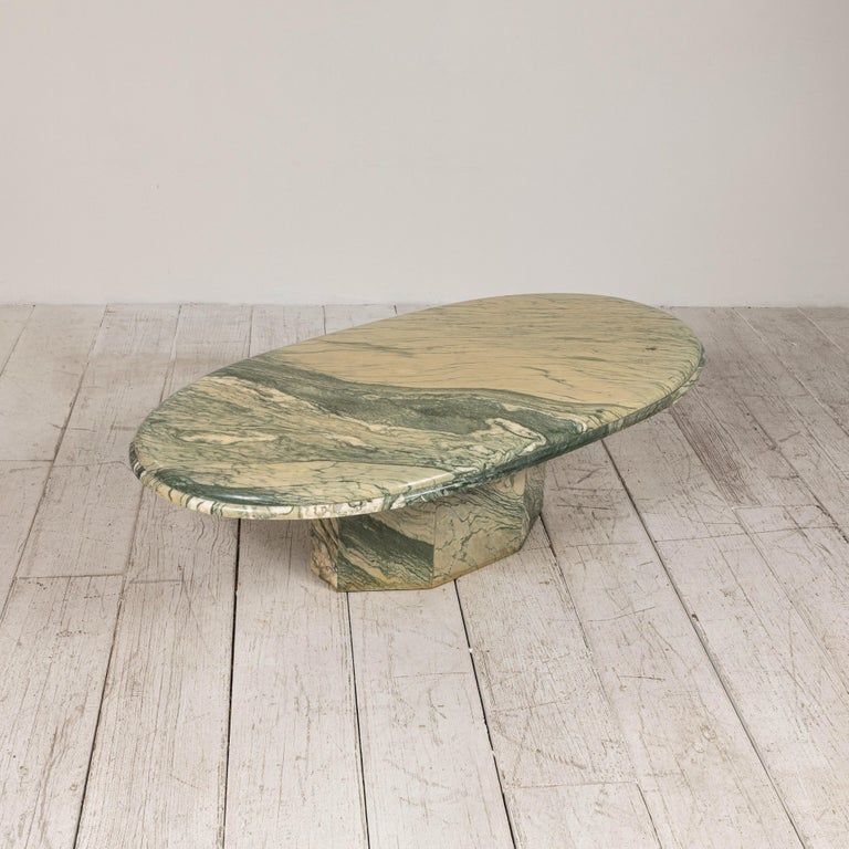 Green and White Oval Marble Cocktail Table In Good Condition In Los Angeles, CA