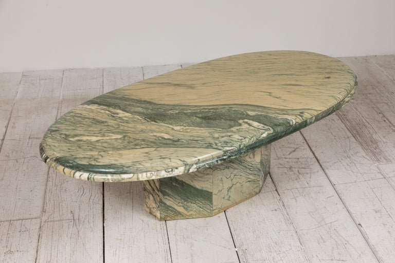Green and White Oval Marble Cocktail Table 3