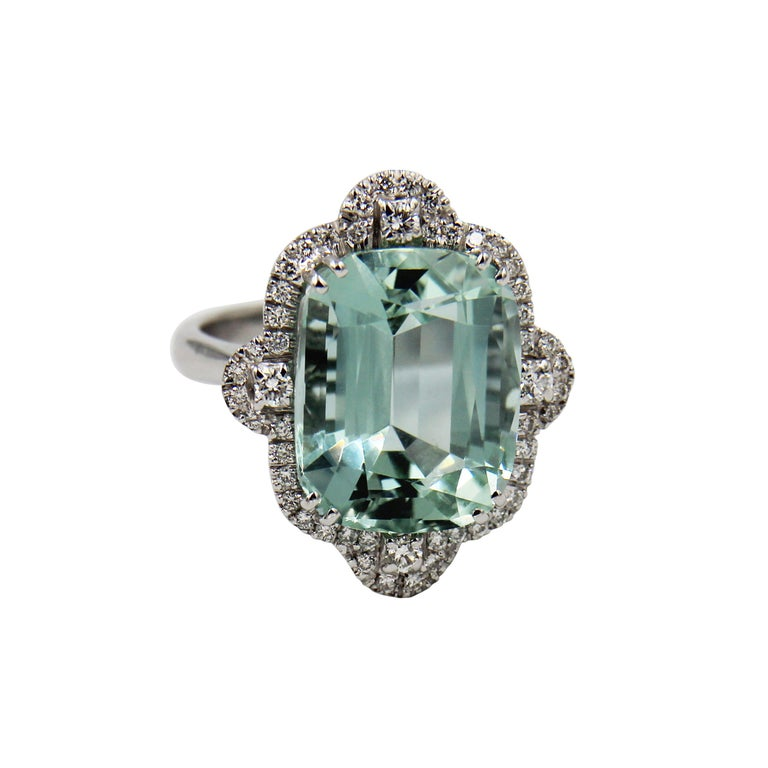 Cushion Cut Green Aquamarine Diamond 18 Karat White Gold Cocktail Ring For Sale