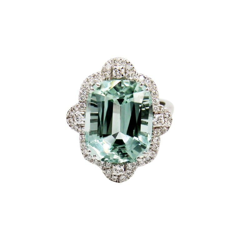 Green Aquamarine Diamond 18 Karat White Gold Cocktail Ring In New Condition For Sale In London, UK