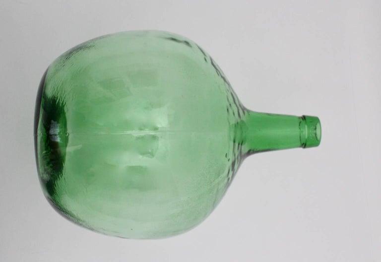 Emerald Green Art Deco Era Handblown Wine Bottle, 1920s, Austria For Sale 2