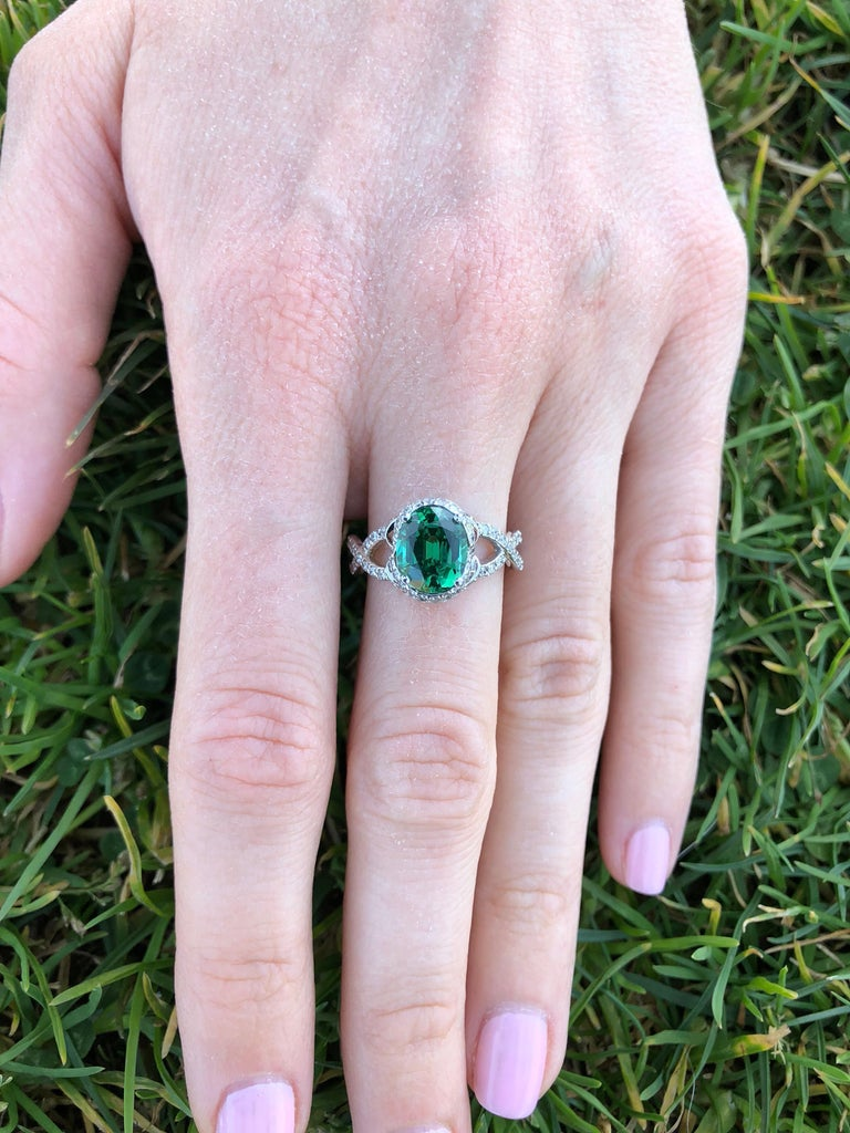 Green Chrome Tourmaline Diamond White Gold Ring 1.97 Carat Oval  In New Condition For Sale In Beverly Hills, CA