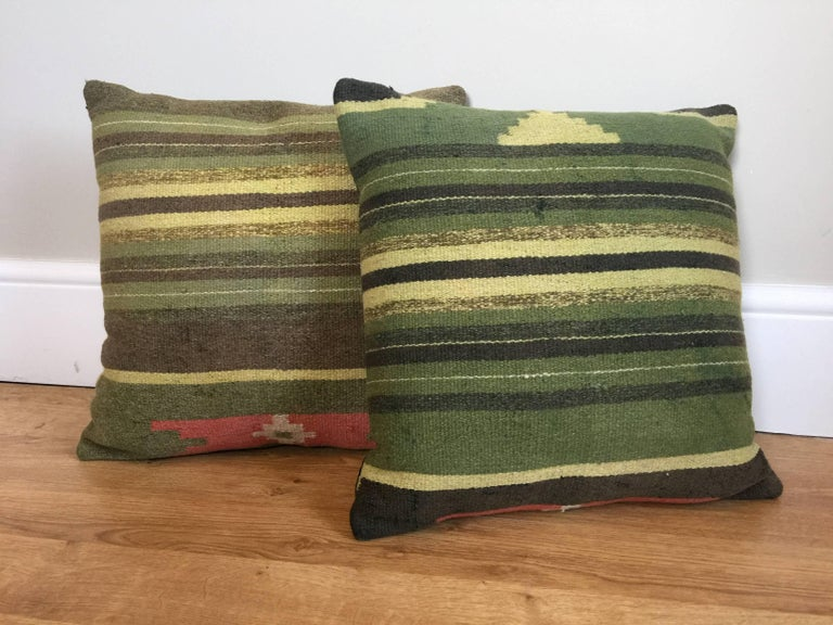 Vegetable Dyed Green Decorative Pillows Handwoven Kilim Decorative Pillow Bench Cushion Cover For Sale
