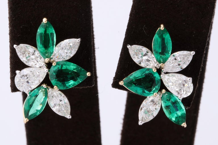 Green Emerald and Diamond Cluster Earrings For Sale 1