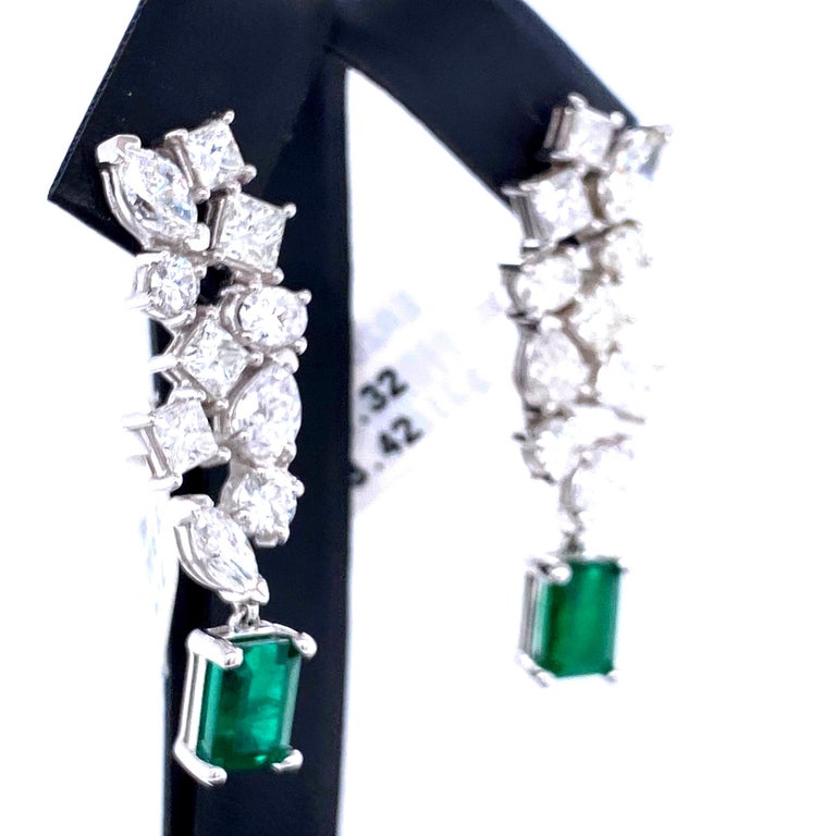 Green Emerald Cut Diamond Cluster Drop Earrings 9.74 Carat 18 Karat White Gold In New Condition For Sale In New York, NY