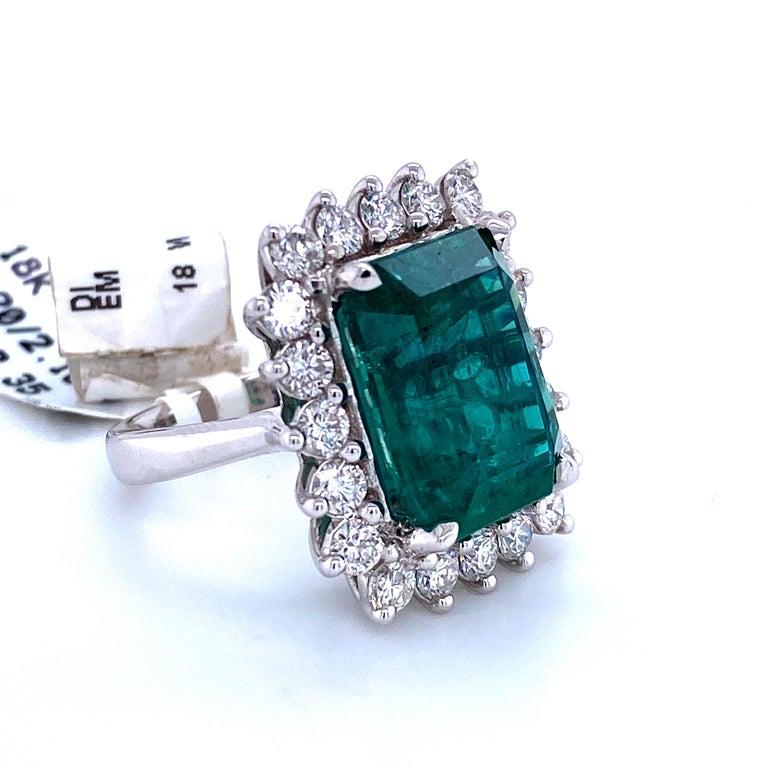 Green Emerald Cut Diamond Cocktail Ring 14.45 Carat 18 Karat White Gold For Sale 1