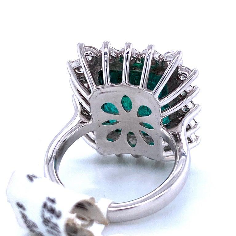 Green Emerald Cut Diamond Cocktail Ring 14.45 Carat 18 Karat White Gold For Sale 5
