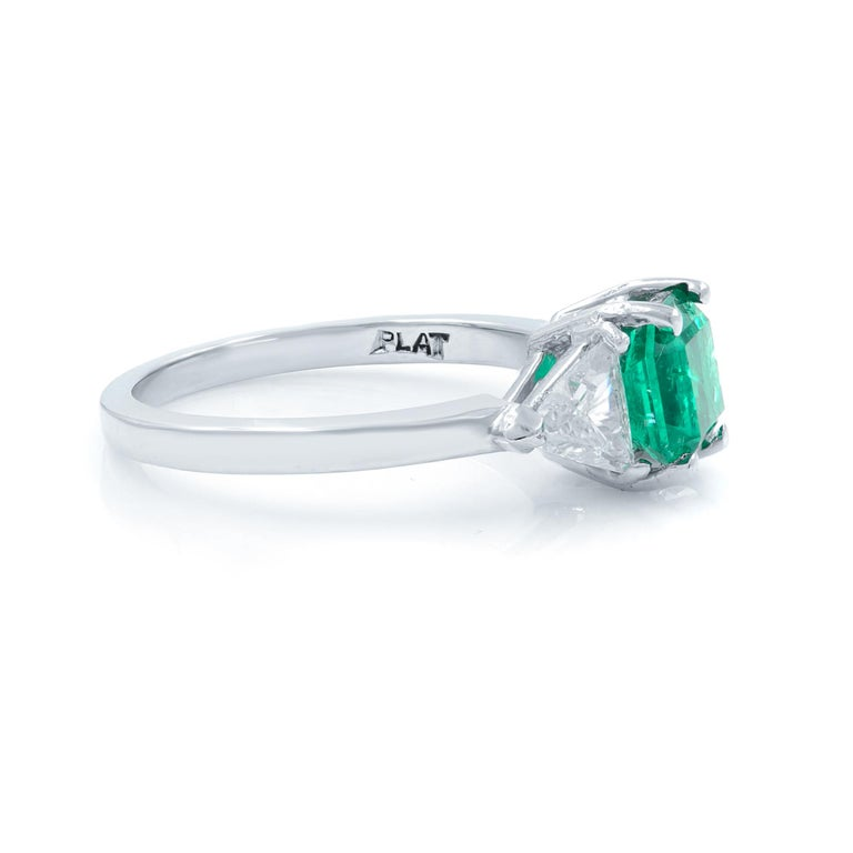 Modern Green Emerald Three-Stone Diamond Ring Platinum For Sale