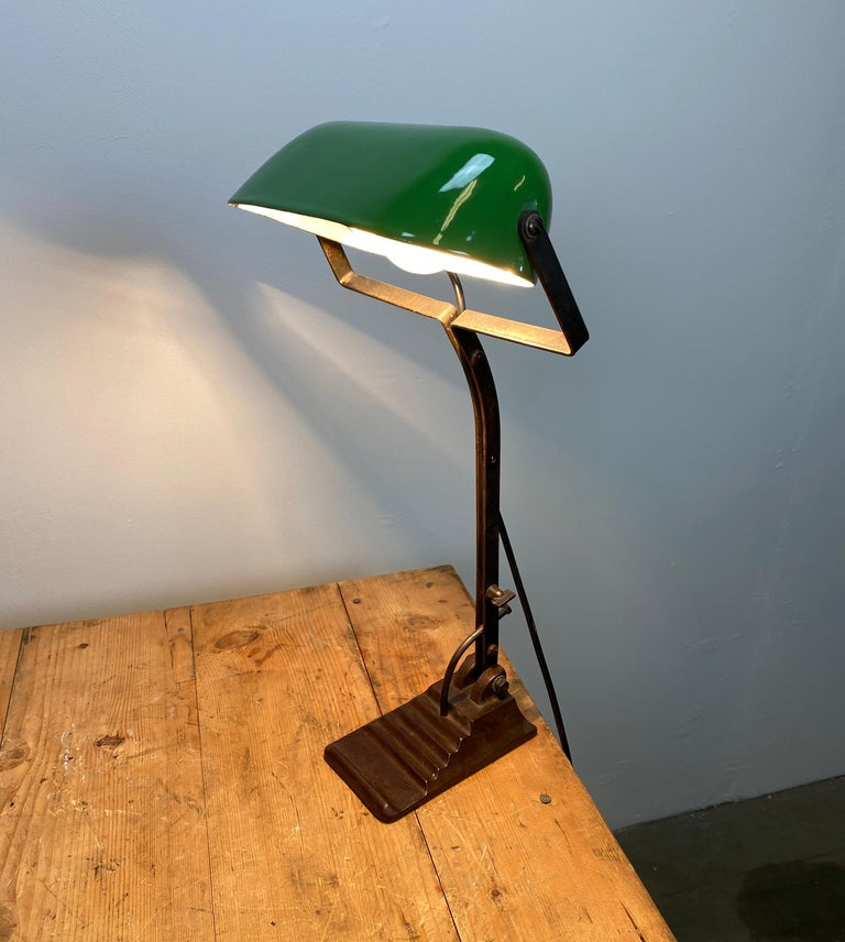 20th Century Green Enamel Bank Lamp, 1930s For Sale