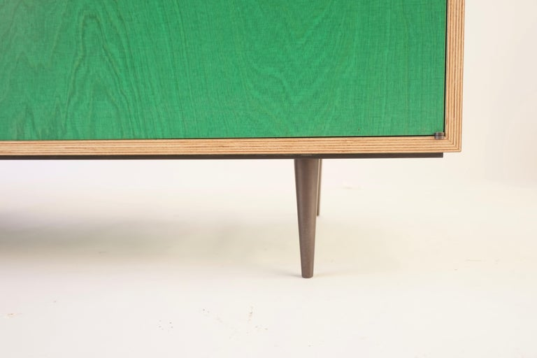 Green Finn-Ply Cabinet with Bronze Pulls and Turned Bronze Legs For Sale 1