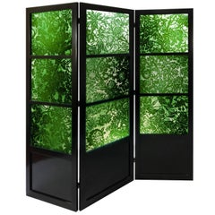 Green Glass Screen