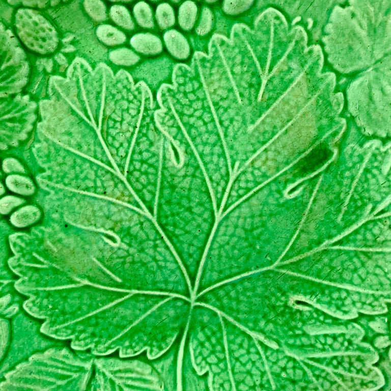 Aesthetic Movement Green Glazed Majolica Strawberry and Grape Leaf on Basketweave Plate, circa 1890 For Sale