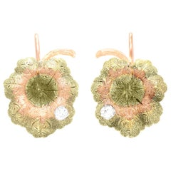 Green Gold Leaf Earrings with Diamond