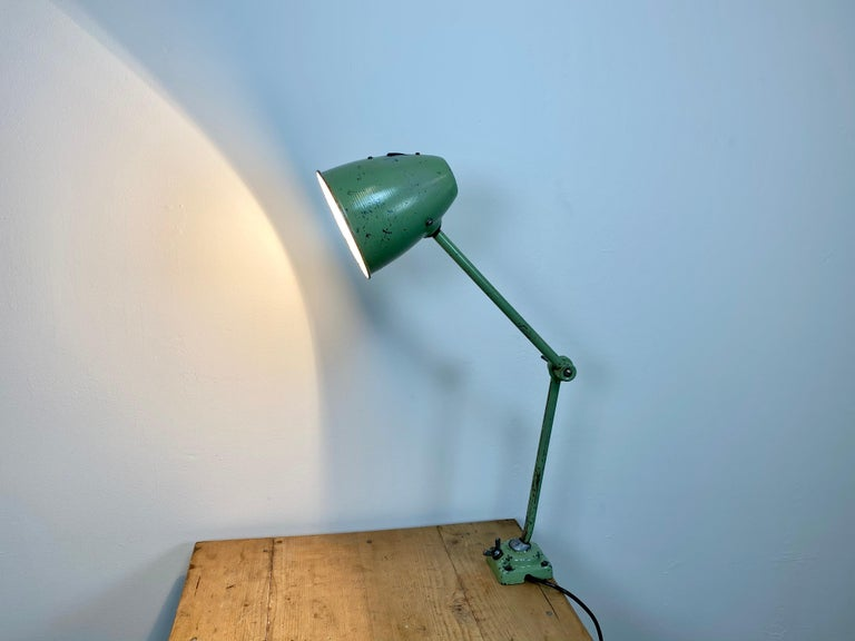 Green Industrial Table Lamp, 1960s For Sale 8