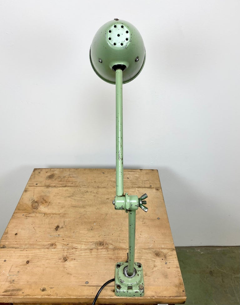 Green Industrial Table Lamp, 1960s For Sale 2