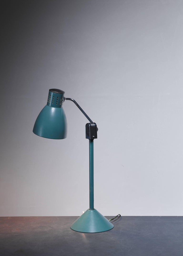 French Green Jumo Table Lamp, France, 1940s For Sale