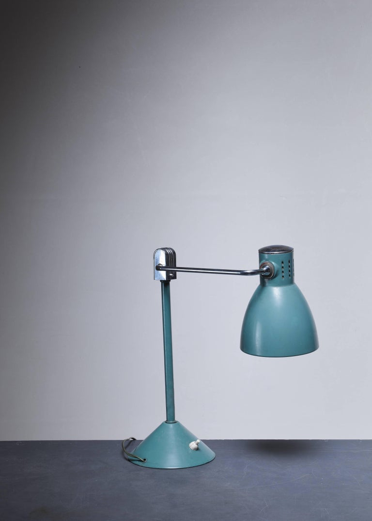 Green Jumo Table Lamp, France, 1940s For Sale 1