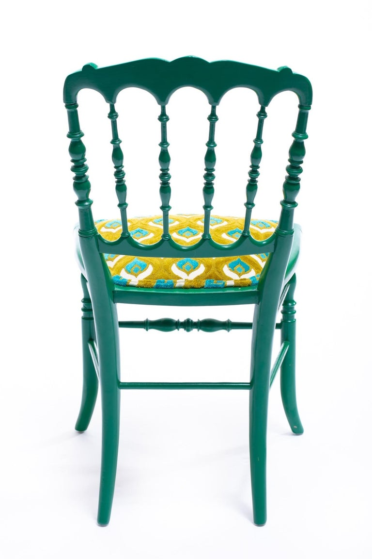 Green Lacquered Chiavari Side Chair with Peacock Feathers in Cut Velvet For Sale 2