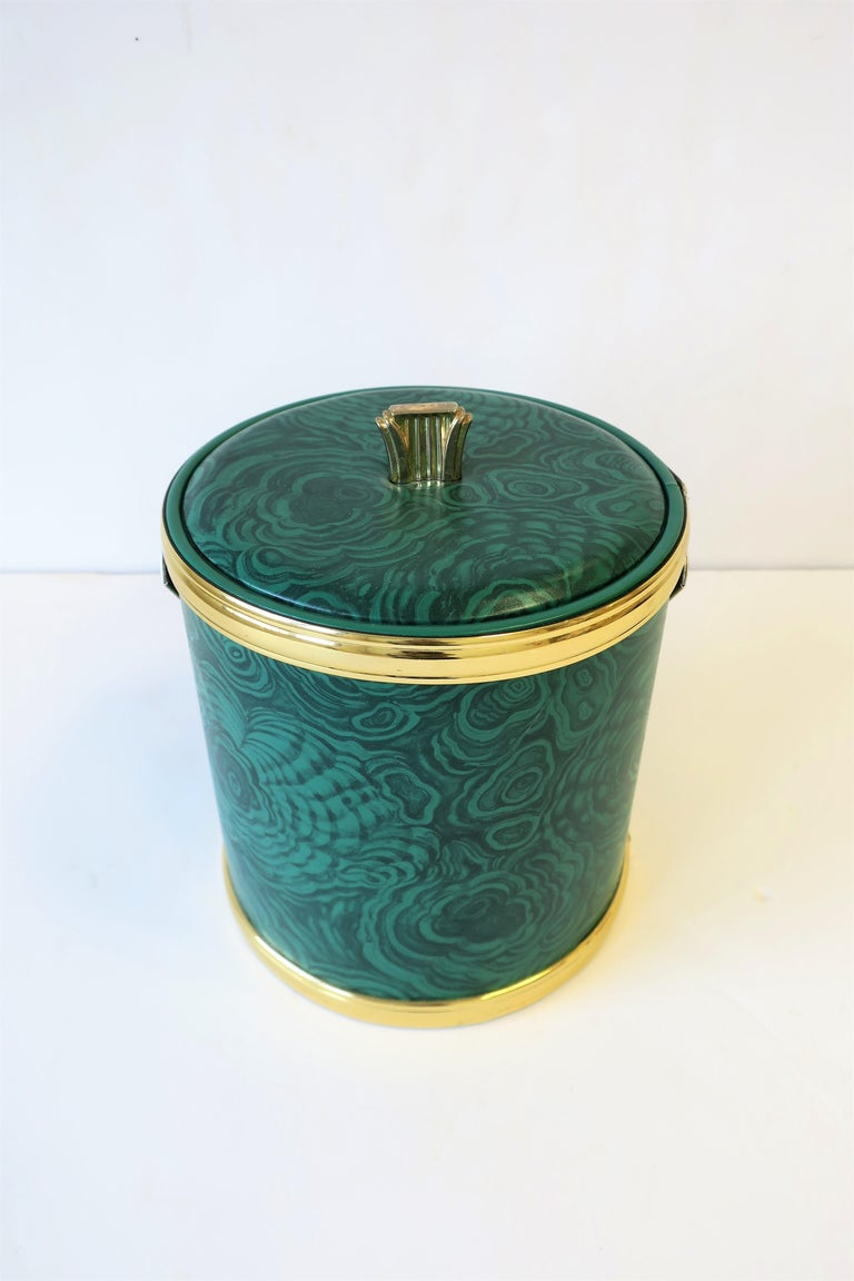 Green Malachite Style Ice Bucket by Georges Briard, circa 1970s In Good Condition For Sale In New York, NY