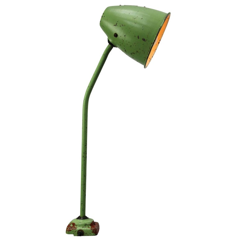 Green Metal Vintage Industrial Work Light Table Desk Light For Sale