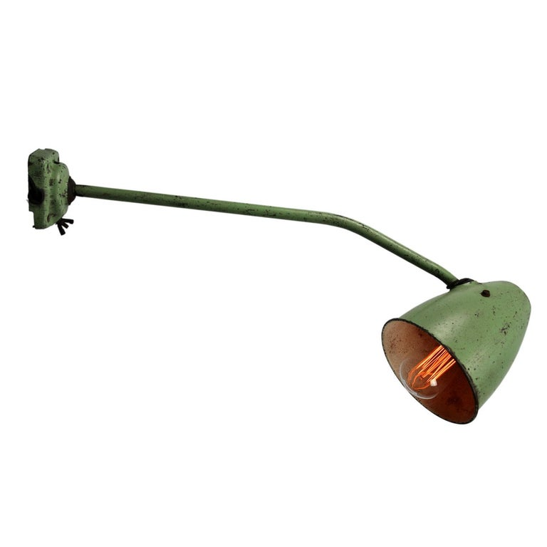 Green Metal Vintage Industrial Work Table Desk Lights (2x) In Good Condition For Sale In Amsterdam, NL