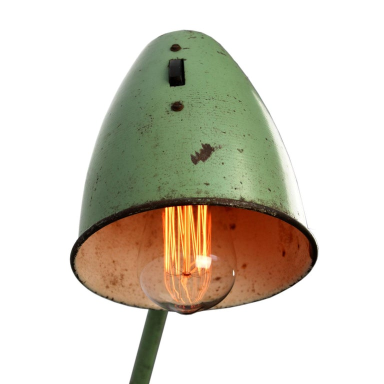 20th Century Green Metal Vintage Industrial Work Table Desk Lights (2x) For Sale