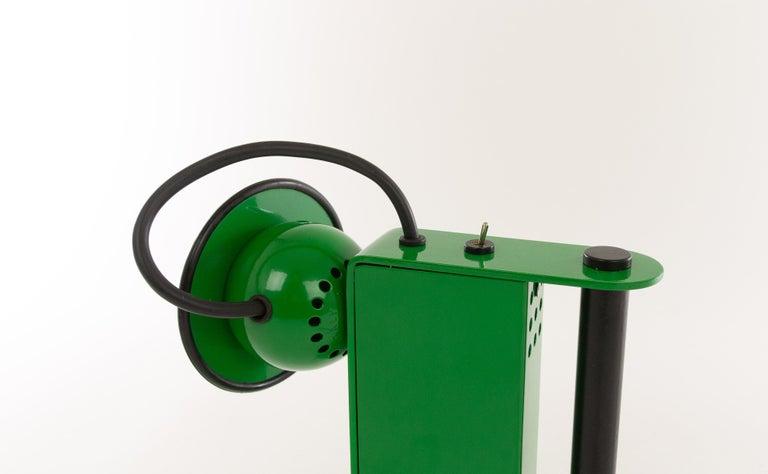 Mid-Century Modern Green Minibox Table Lamp by Gae Aulenti & Piero Castiglioni for Stilnovo, 1980s For Sale