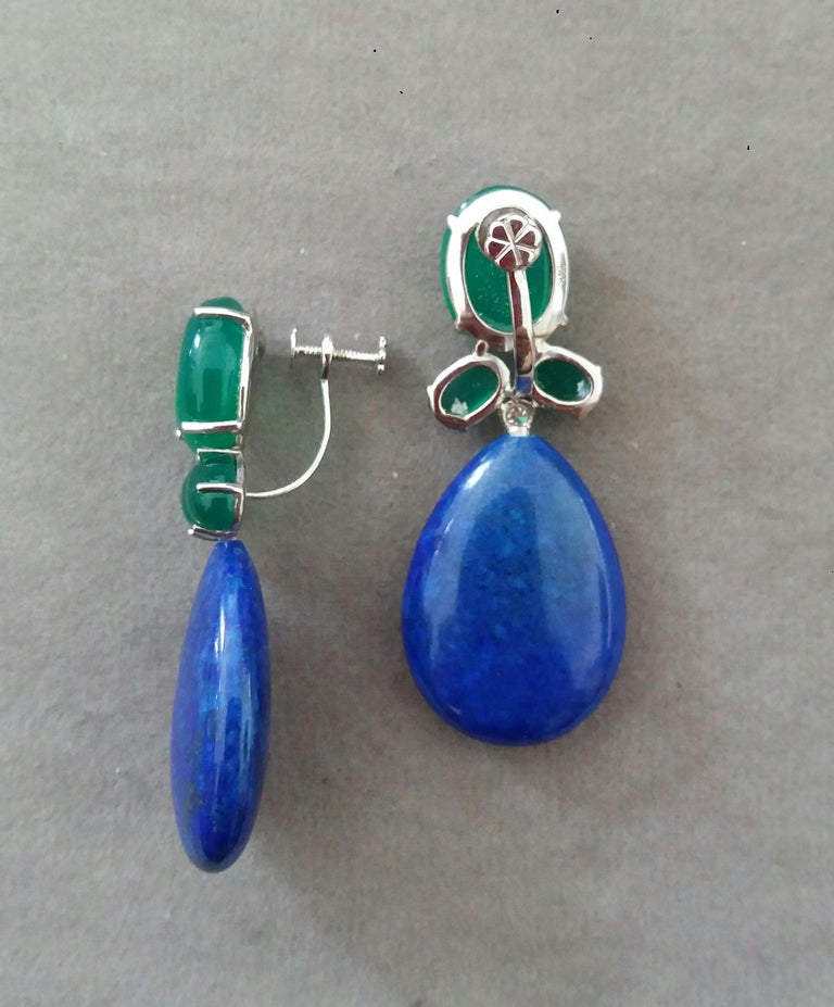 Green Onyx Oval Cabs Gold Diamonds Natural Lapis Lazuli Flat Plain Drop Earrings In Good Condition For Sale In Bangkok, TH