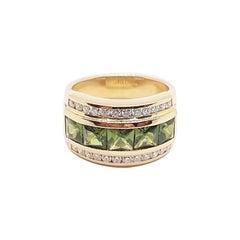 Green Sapphire with Diamond Ring Set in 18 Karat Rose Gold Settings