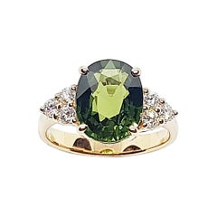 Green Sapphire with Diamond Ring Set in 18 Karat Rose Gold Settings
