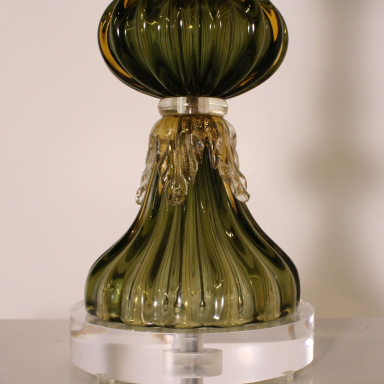 Green Seguso for Marbro lamp with gold leaves, circa 1960.