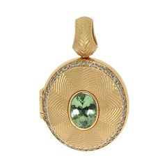 Green Tourmaline 1.23 Carat Diamonds 18 Karat Yellow Gold Tweed Pendant