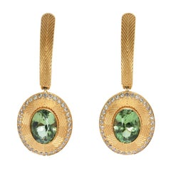 Green Tourmaline 2.55 Carat Diamonds 18 Karat Yellow Gold Tweed Earrings
