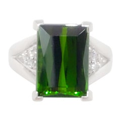 Green Tourmaline and White Diamond Cocktail Ring in Platinum