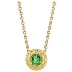 Green Tourmaline and Yellow Gold Round Bezel Engraved Pendant Chain Necklace