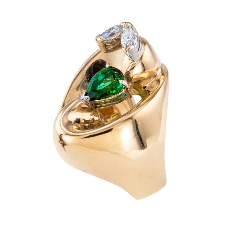 Pear Cut Green Tourmaline Diamond Yellow Gold Cocktail Ring For Sale