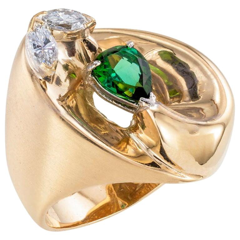 Green Tourmaline Diamond Yellow Gold Cocktail Ring For Sale