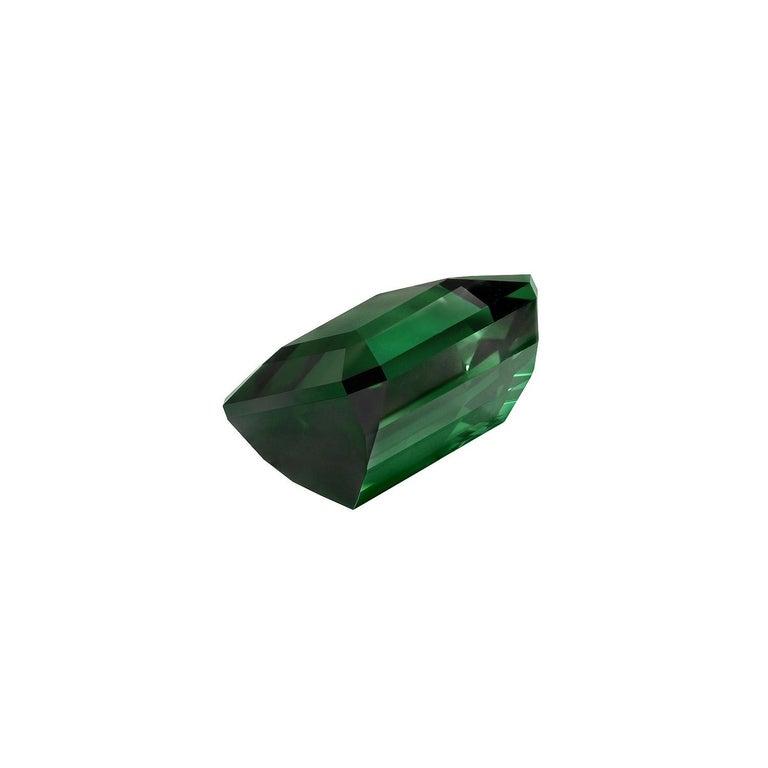 Green Tourmaline Ring Gem 7.38 Carat Emerald Cut Loose Unset Gemstone In New Condition For Sale In Beverly Hills, CA