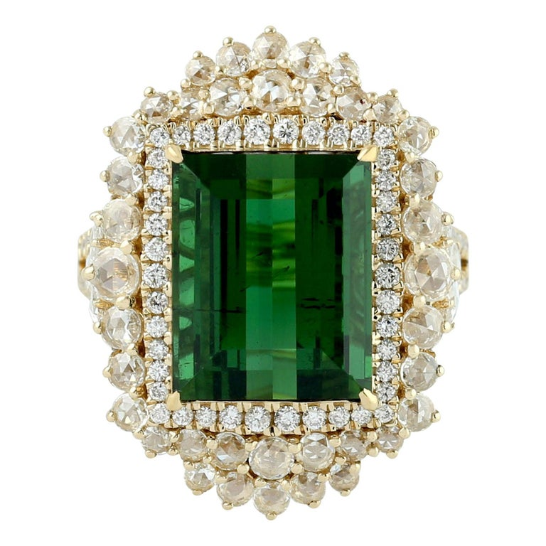 Green Tourmaline Ring with Rosecut Diamond in 18 Karat Yellow Gold For Sale