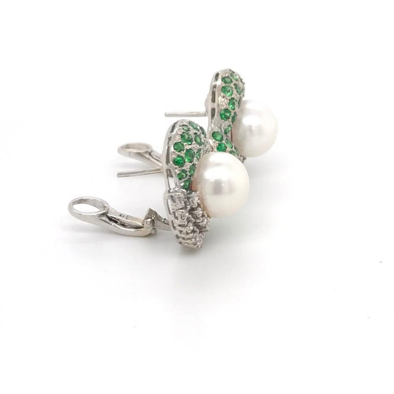 Round Cut Green Tsavorite Diamond Pearl Earrings 2.72 Carat 18K White Gold For Sale