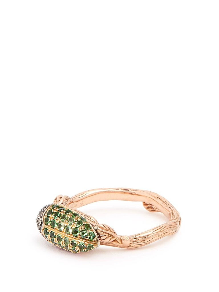 Contemporary Green Tsavorite Scarab 18 Karat Yellow Gold Stackable Ring For Sale