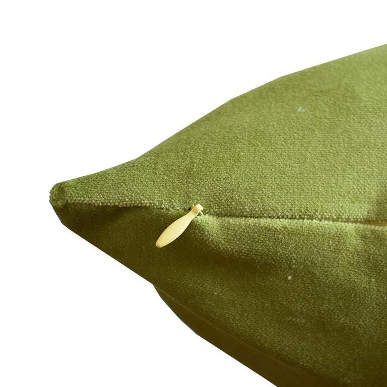 American Classical Pair of Green Velvet Knife Edge Pillow Cases 22