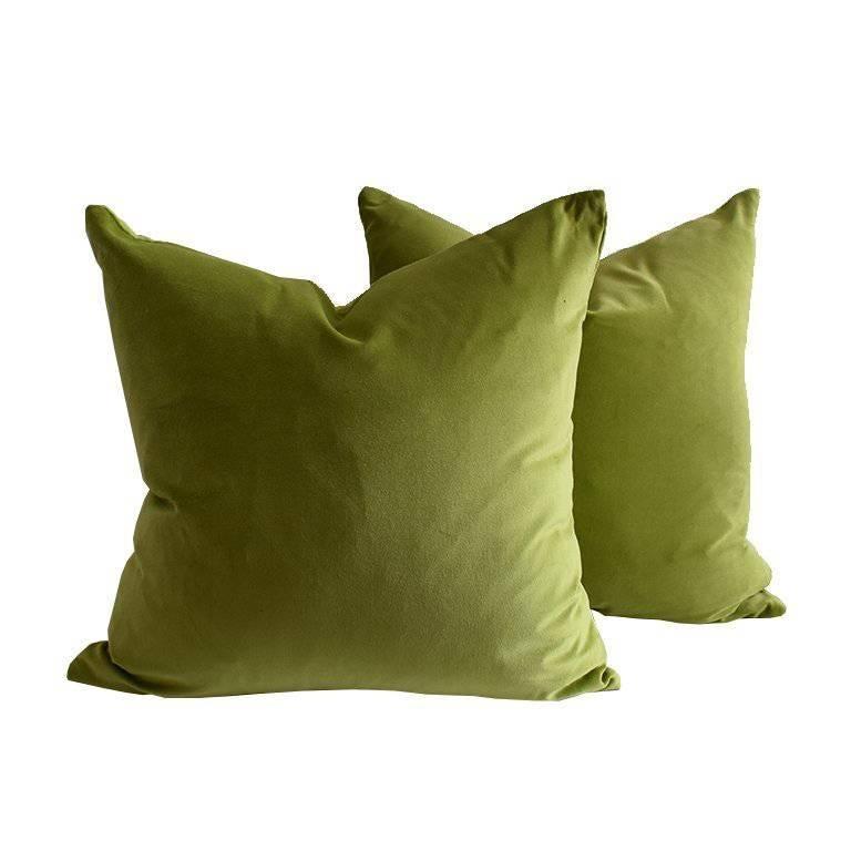 """Pair of Green Velvet Knife Edge Pillow Cases 22"""" x 22"""" For Sale"""