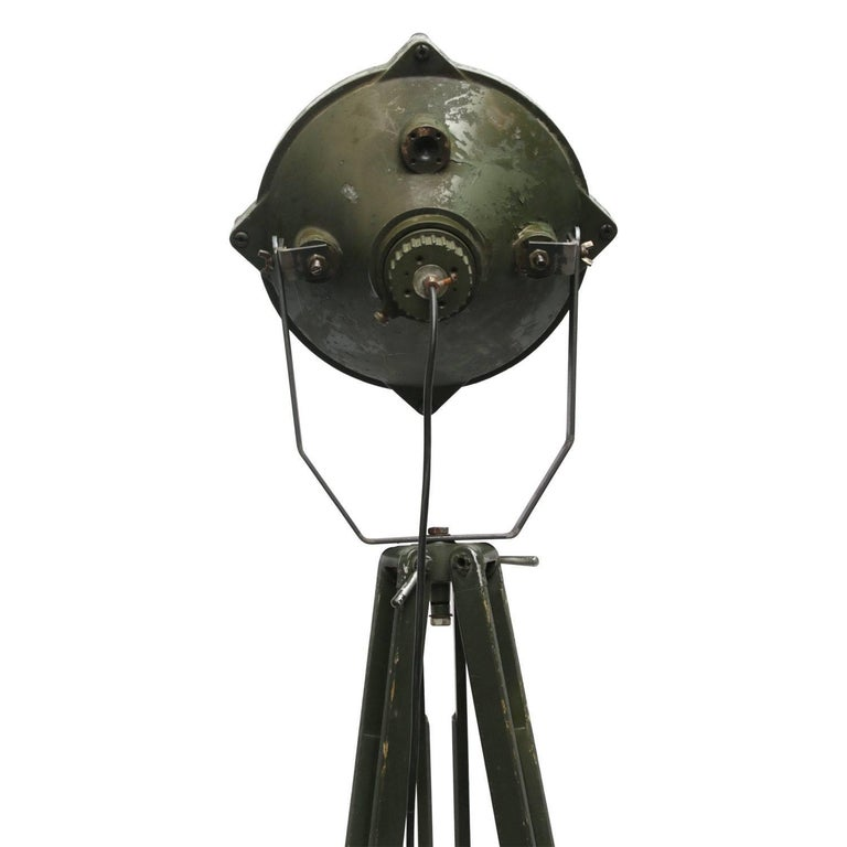 Green Vintage Industrial Metal Mirror Wooden Tripod Floor Lamps In Good Condition For Sale In Amsterdam, NL