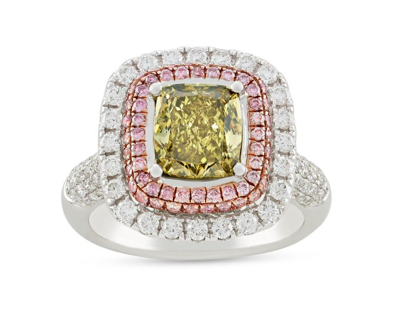 Greenish Yellow Diamond Ring, 2.01 Carats In Excellent Condition For Sale In New Orleans, LA